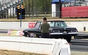 Jerry keeping a watchful eye on Tom's final time trial run at Atlanta Dragway.