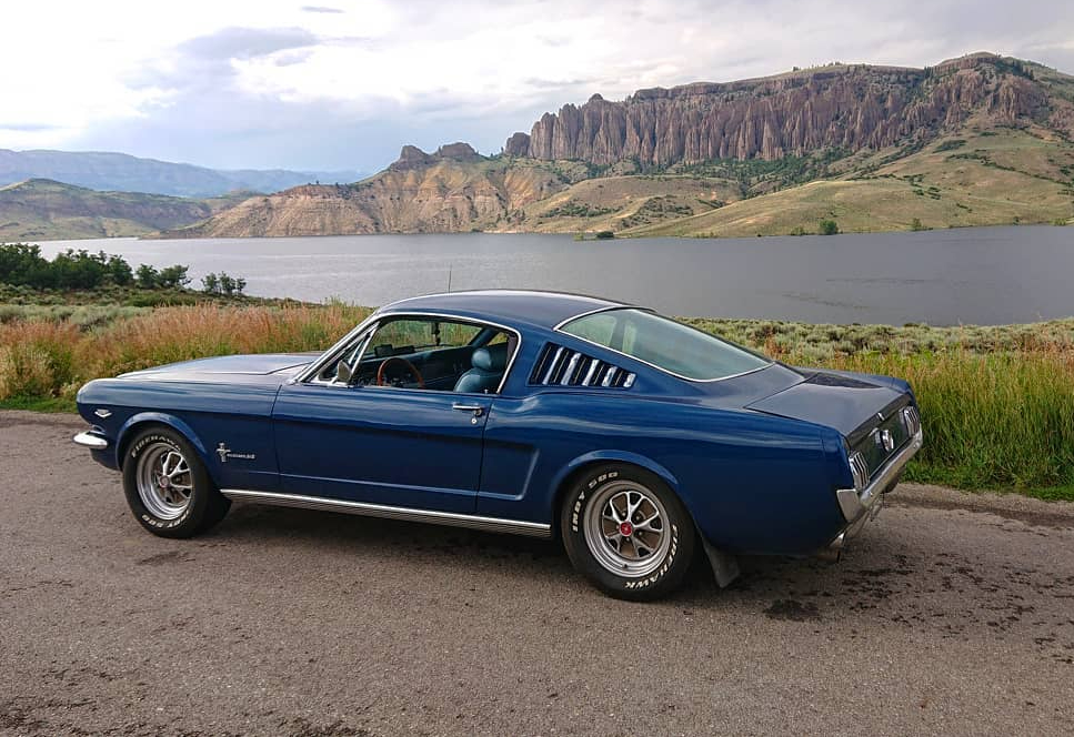 Ford Mustang hot rod